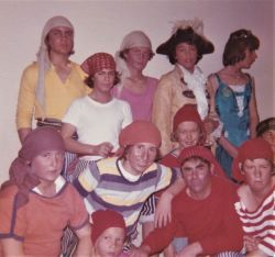 1975_24Buccaners